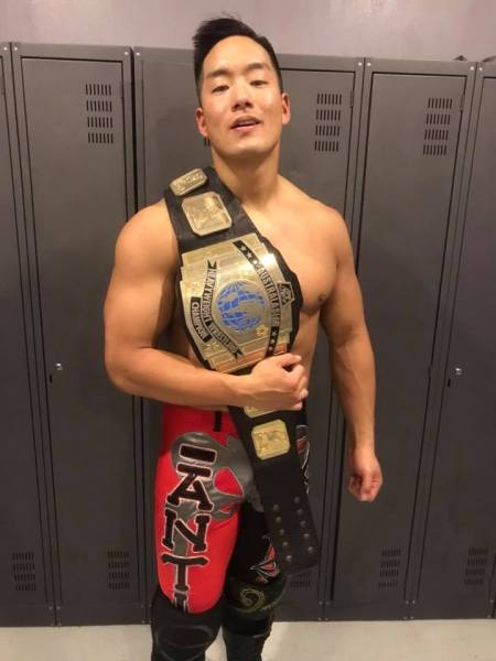 T-Hawk-wins-AWF-Heavyweight-title